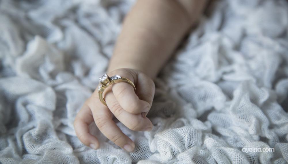 baby hand samina farooq photography